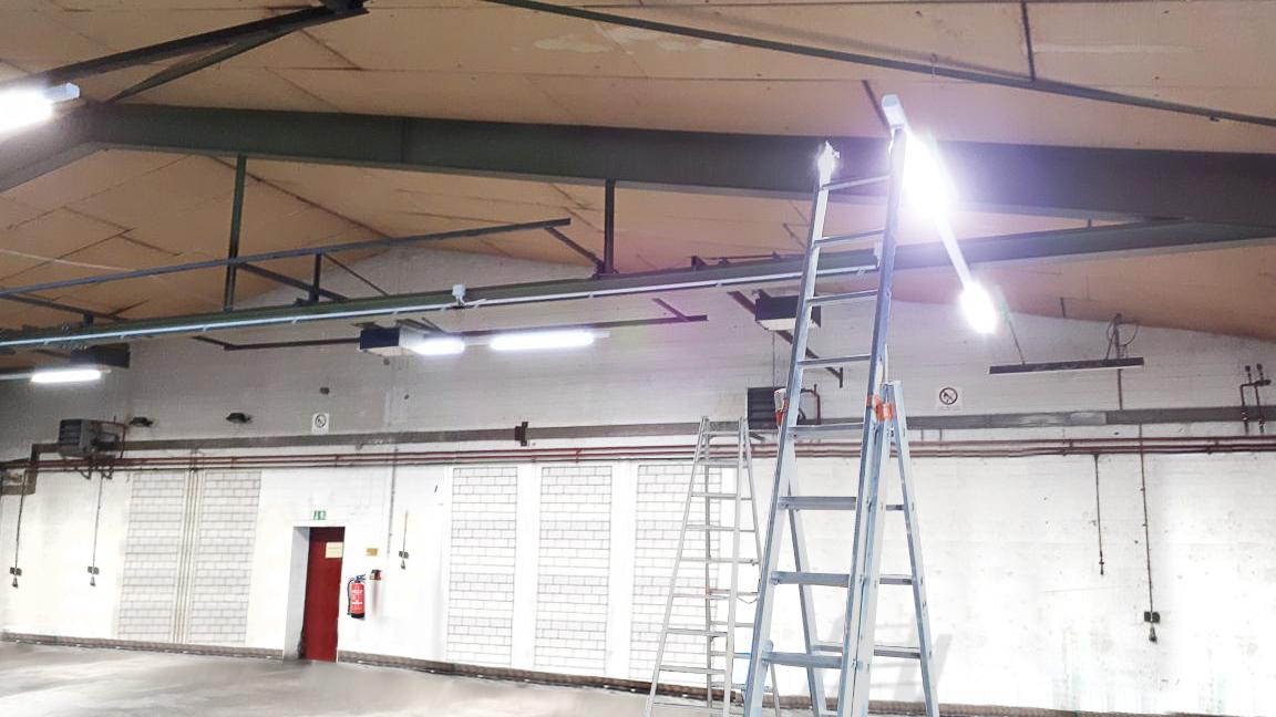 beleuchtung-halle - Meisterbetrieb Elektrotechnik Anton Beckers GmbH